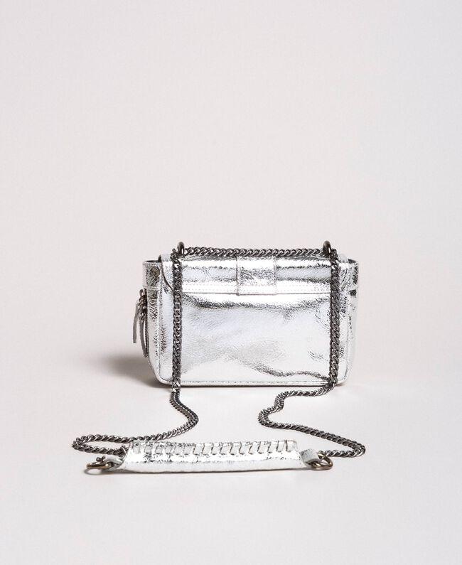 """Umhängetasche """"Rebel"""" aus beschichtetem Leder Silber / Nickel Frau 191TO8640-04"""