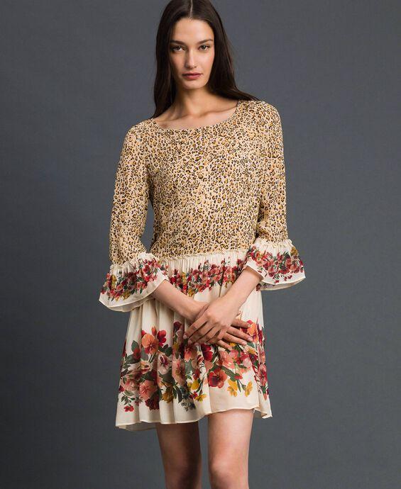 Robe avec imprimé floral et animalier