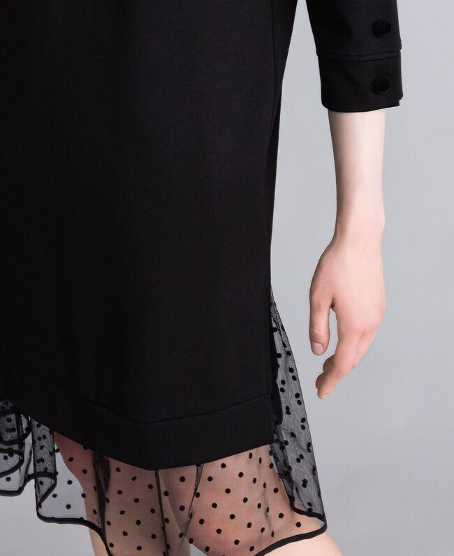 Kleid aus Interlock-Jersey mit Flockknöpfen Schwarz Frau PA82BP-04