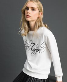 Sweat avec logo brodé Blanc Vanille Femme 192MT2302-01