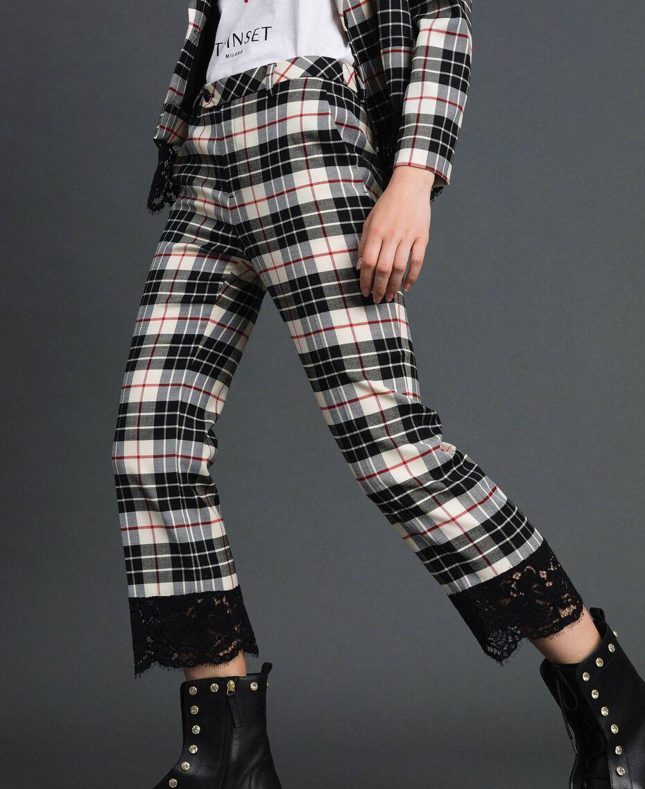 Расклешенные шерстяные брюки в клетку Снежно-Белый Жаккардовый Тартан женщина 192TP2622-02