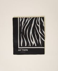 Animal print kefiah Two-tone Cream White / Black Woman 202MA432G-01