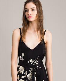 Robe longue avec broderies florales et franges Noir Femme 191TT2134-01