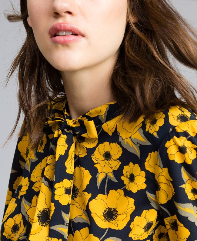 "Camicia in crêpe de Chine stampata Stampa Wind Flower Giallo ""Golden Yellow"" / Blu Donna YA82FV-04"