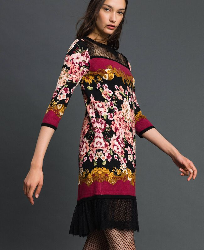 Dress with floral scarf print and lace Scarf Print Woman 192TP3361-03
