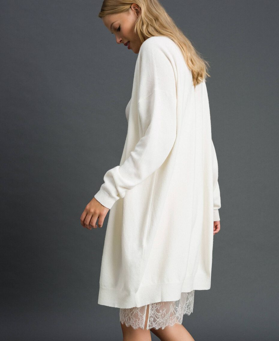 Maxi cardigan en cachemire mélangé avec fond de robe Blanc Neige Femme 192TT3092-02