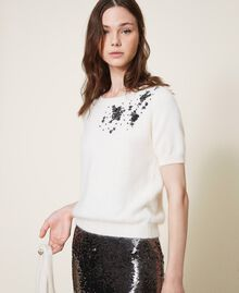 Round neck cardigan and jumper with floral embroidery Creamy White Woman 202TP3360-04