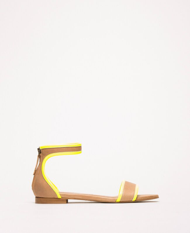 "Patent leather and leather flat sandals Two-tone ""Desert"" Beige / Fluo Yellow Woman 201TCP014-03"
