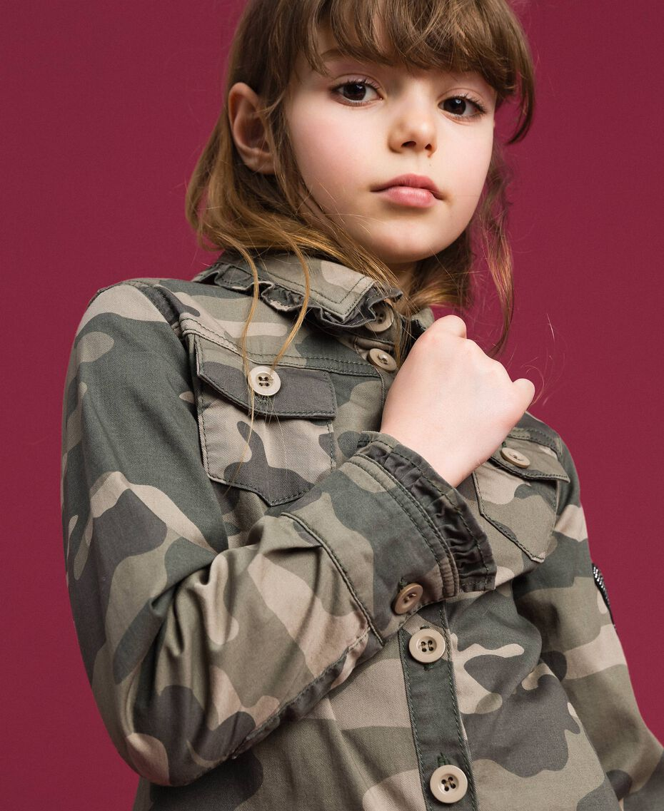 Camicia a stampa camouflage Stampa Camouflage Bambina 192GJ2160-05