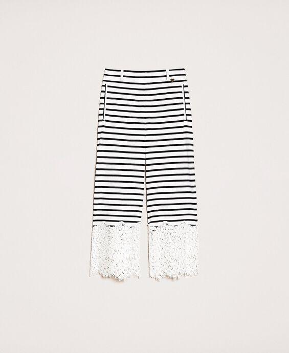 Pantalon cropped à rayures et dentelle