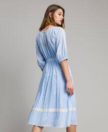 """Robe en voile ornée de dentelle et de broderies Bicolore Bleu Clair """"Atmosphère"""" / Écru Femme 191ST2113-04"""