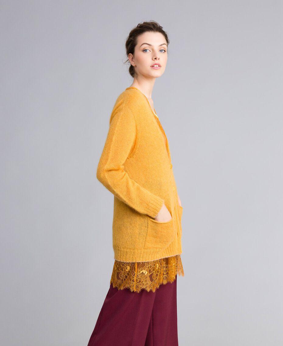 Cardigan aus Mohair mit Unterhemd aus Spitze Brandy Frau PA836D-02