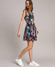 Kleid mit Blumenprint und geraffter Taille All Over Black Multicolour Flowers Motiv Frau 191MT2295-03