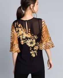Блуза из жоржета с комбинацией принтов Набивной Цветы/Тигровый женщина TA825D-04