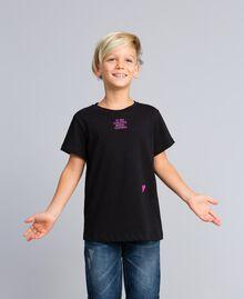 Unisex-T-Shirt für Kinder aus Baumwolle mit Print Schwarz Kind QA8TMP-05