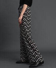 "Floral and chevron print palazzo trousers Black / ""Snow"" Chevron Print Woman 192TP252C-02"
