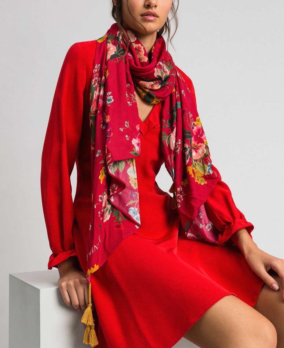 Écharpe avec imprimé floral et pompons Imprimé Fleurs des Champs Grenadier Femme 192TA4424-0S