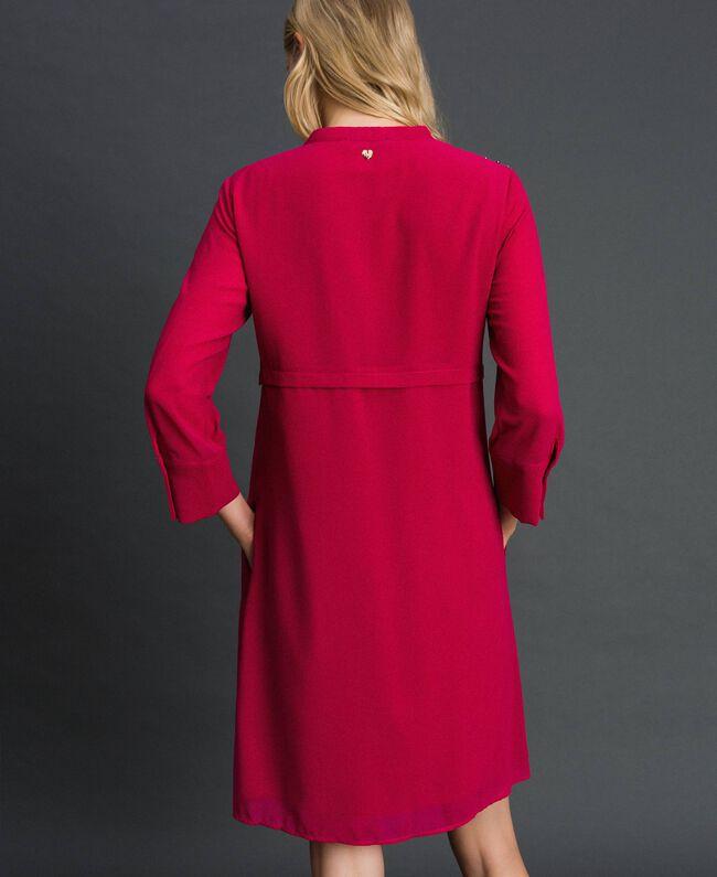 Georgettekleid mit Steinchen und Perlen Rot Amaranth Frau 192MP2480-03