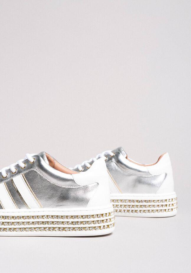 Leder-Sneakers mit Strasssteinen