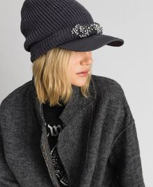Knit beret with embroidered visor Medium Gray Mélange Woman 192MA4352-0S