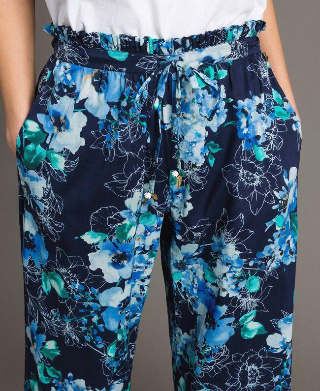 Pantalon palazzo avec imprimé floral Imprimé Fleur Multicolore Bleu Nuit Total Femme 191MT2293-04