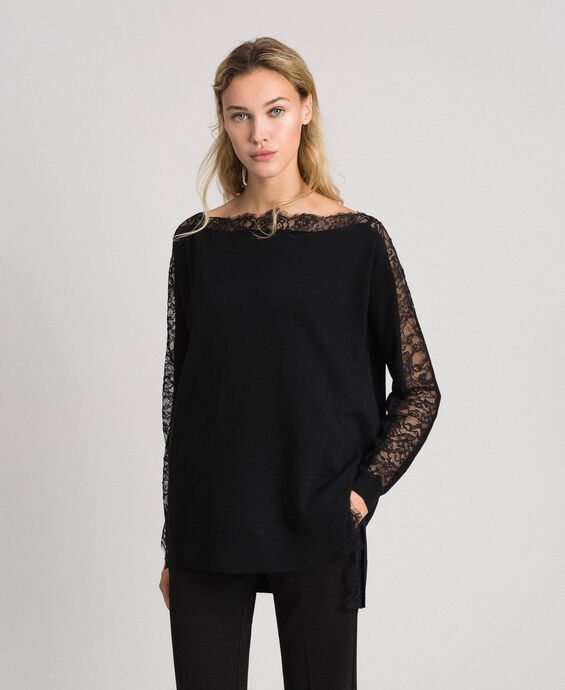 Maxi jumper with lace inlays