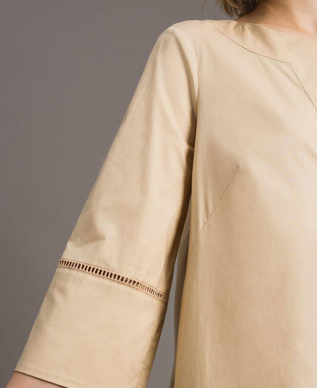 """Robe en popeline avec broderie Beige """"Pâte d'Amande"""" Femme 191TT2242-04"""