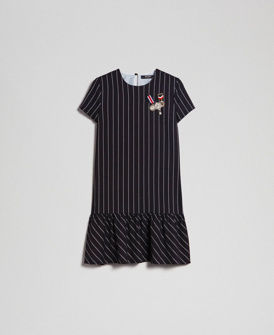 Robe rayée avec volant dans le bas Rayures Noir / Lys Femme 192MP2062-0S