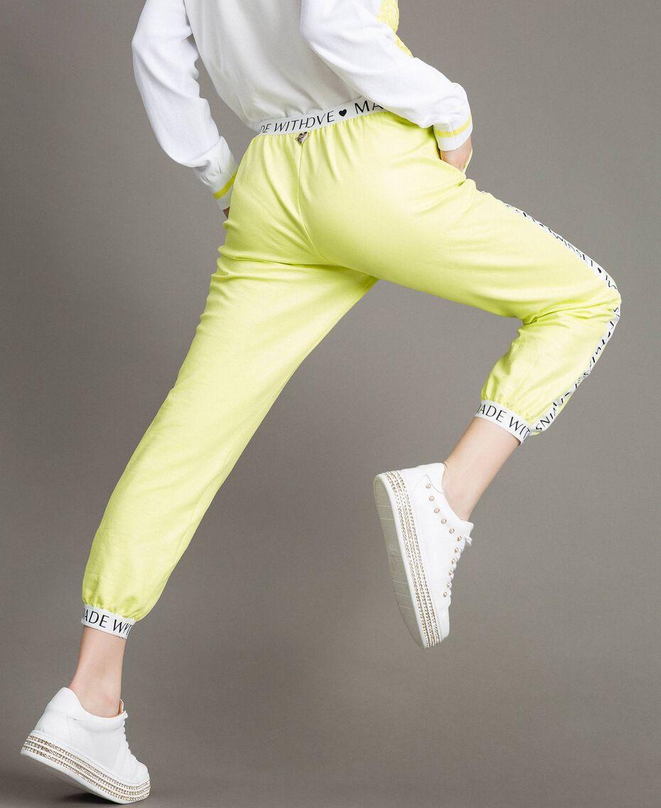 """Pantalon en molleton avec bordures marquées Jaune """"Jus De Citron"""" Femme 191LL28FF-05"""