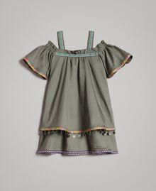 Baumwollkleid mit Mini-Medaillen Tundra-Grün Kind 191GJ2073-01