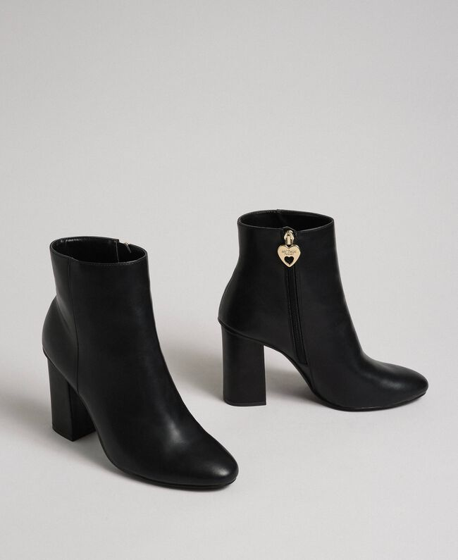 Faux leather ankle boots Black Woman 192MCT030-03