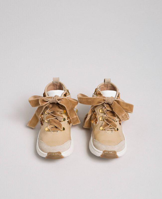 Baskets en cuir avec sequins Beige «Épeautre» Enfant 192GCB054-04