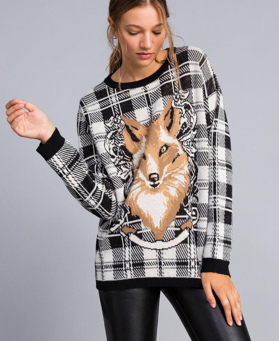 Maxi check jacquard jumper Mother-of-pearl / Black Check Fox Jacquard Woman YA83HN-02
