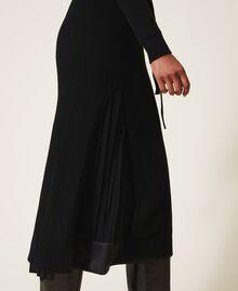 Robe en laine mélangée avec fond de robe Noir Femme 202TT3053-05