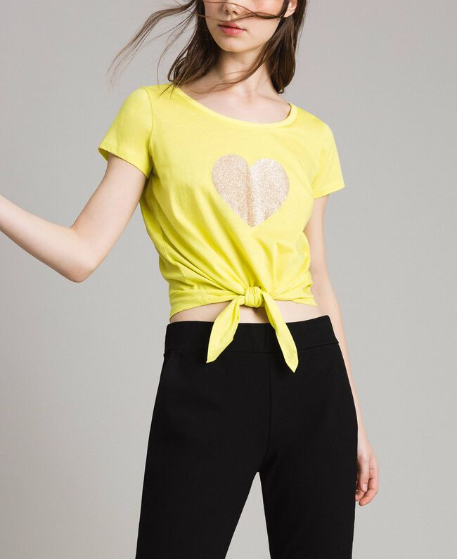 """Cropped T-shirt with heart """"Lemon Juice"""" Yellow Woman 191LB23MM-01"""