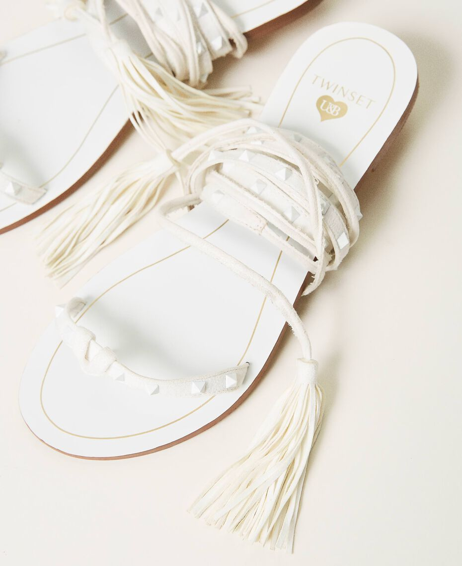 Flat sandals with studs Ivory Woman 211LMPZZZ-02