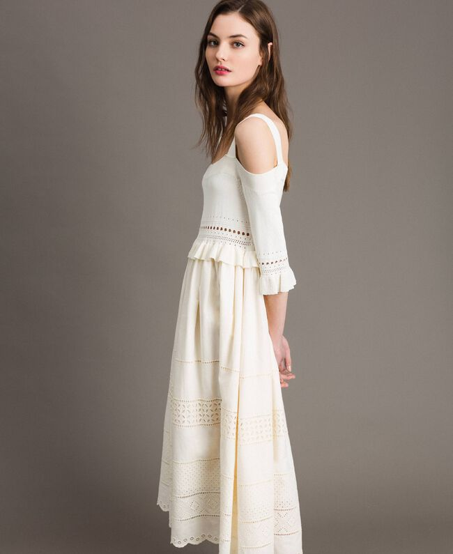 Gestricktes Broderie-Anglaise-Kleid Weiß Schnee Frau 191TT3013-01