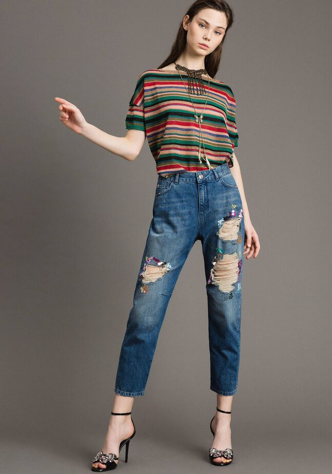 Destroyed girlfriend jeans with sequins