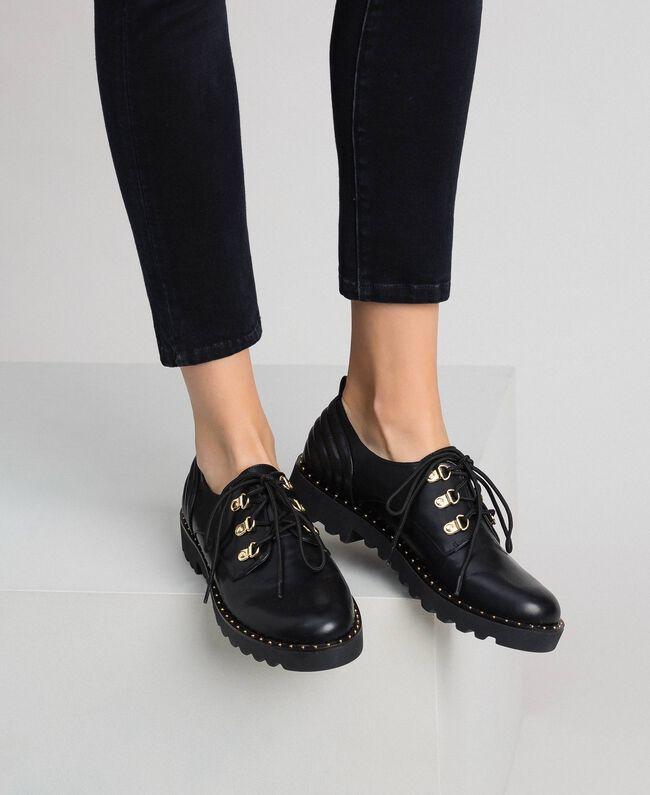 Туфли на шнуровке Черный женщина 192MCP098-0S