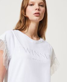 T-shirt with logo and lace sleeves White Woman 211TT2231-04