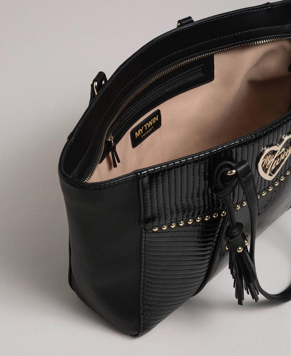 Sac cabas en similicuir avec clous et pompon Noir Femme 192MO8010-05