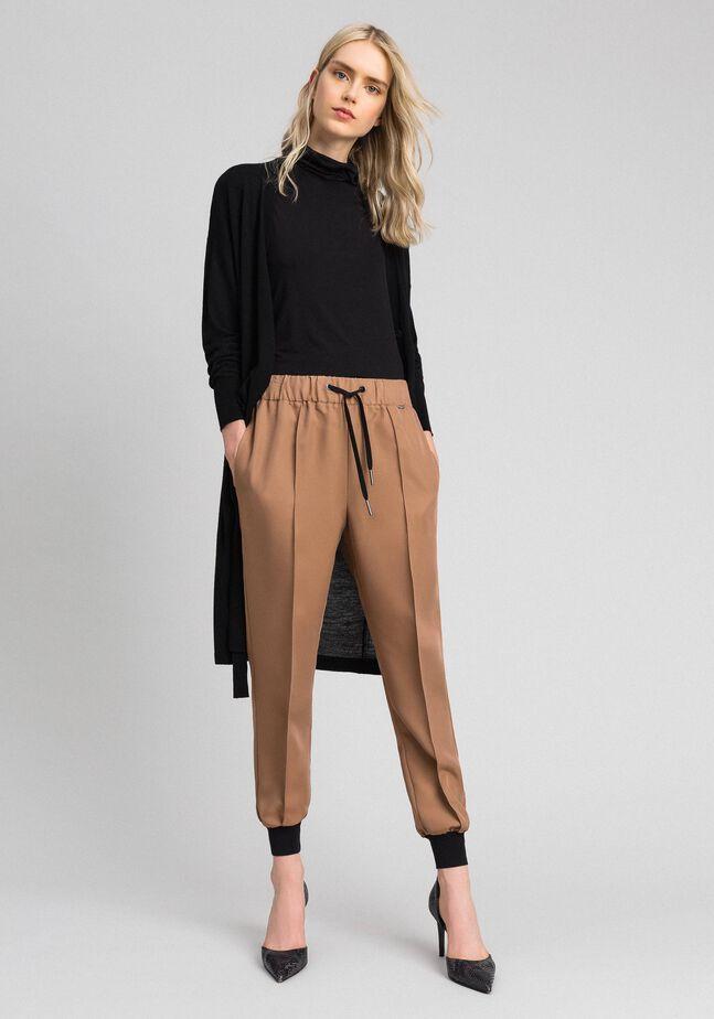 Pantaloni jogging con elastico e coulisse