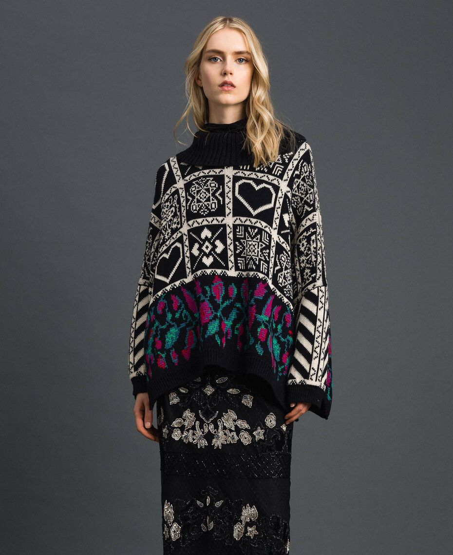 "Wool blend jacquard jumper ""Snow"" White Jacquard/ Black Woman 192TT3160-02"
