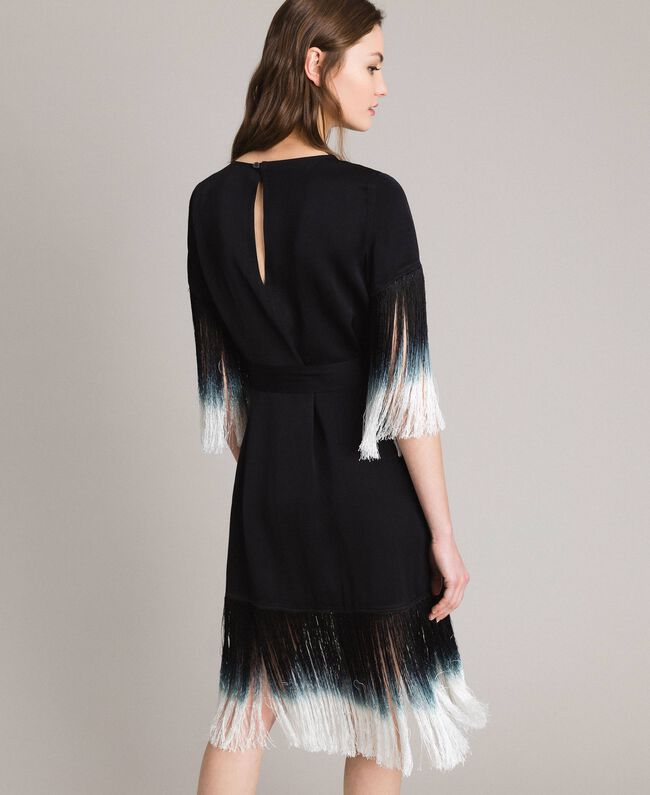 Fransen Mit FrauSchwarzTwinset Kleid Milano Und Blumenstickerei OXTPZuki
