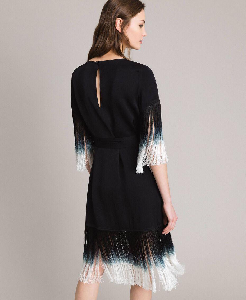 Kleid mit Blumenstickerei und Fransen Schwarz Frau 191TT2132-03