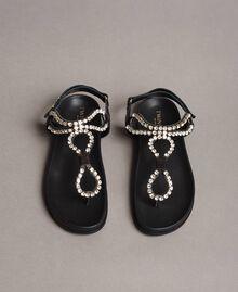 Sandales en cuir avec strass et bouton Noir Femme 191TCT092-04