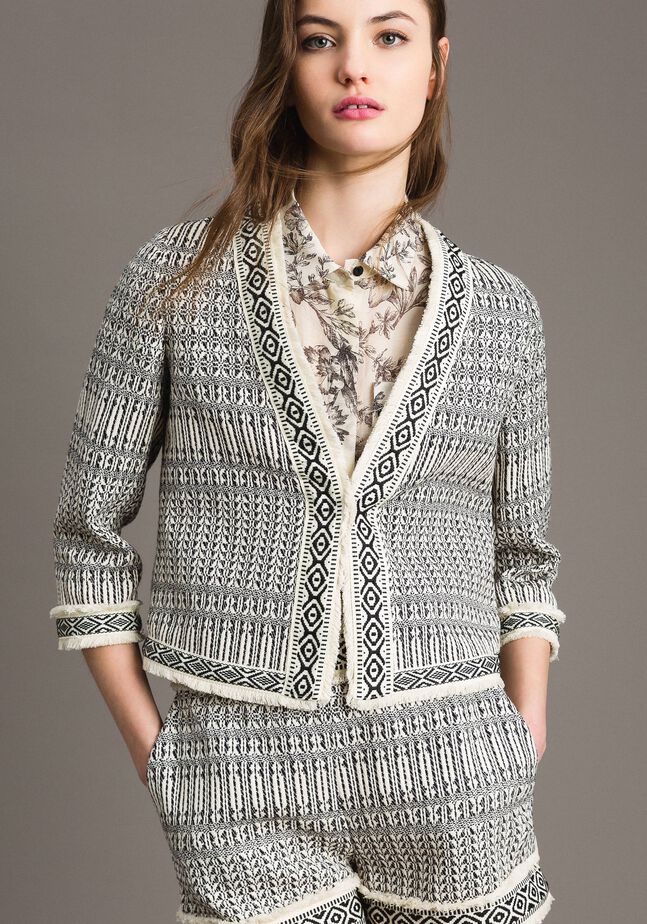 Ethnic-motif jacquard jacket