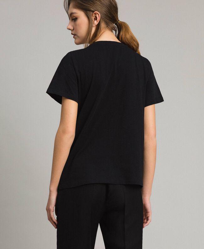 T-Shirt mit Stickerei und Fransen Schwarz Frau 191TT2204-03