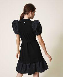 Kleid aus Wollmischung und Taft Schwarz Frau 202TP3251-04
