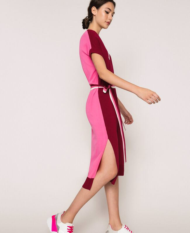 "Two-tone knit dress with belt Two-tone ""Crimson"" Red / Superpink Woman 201ST3030-03"